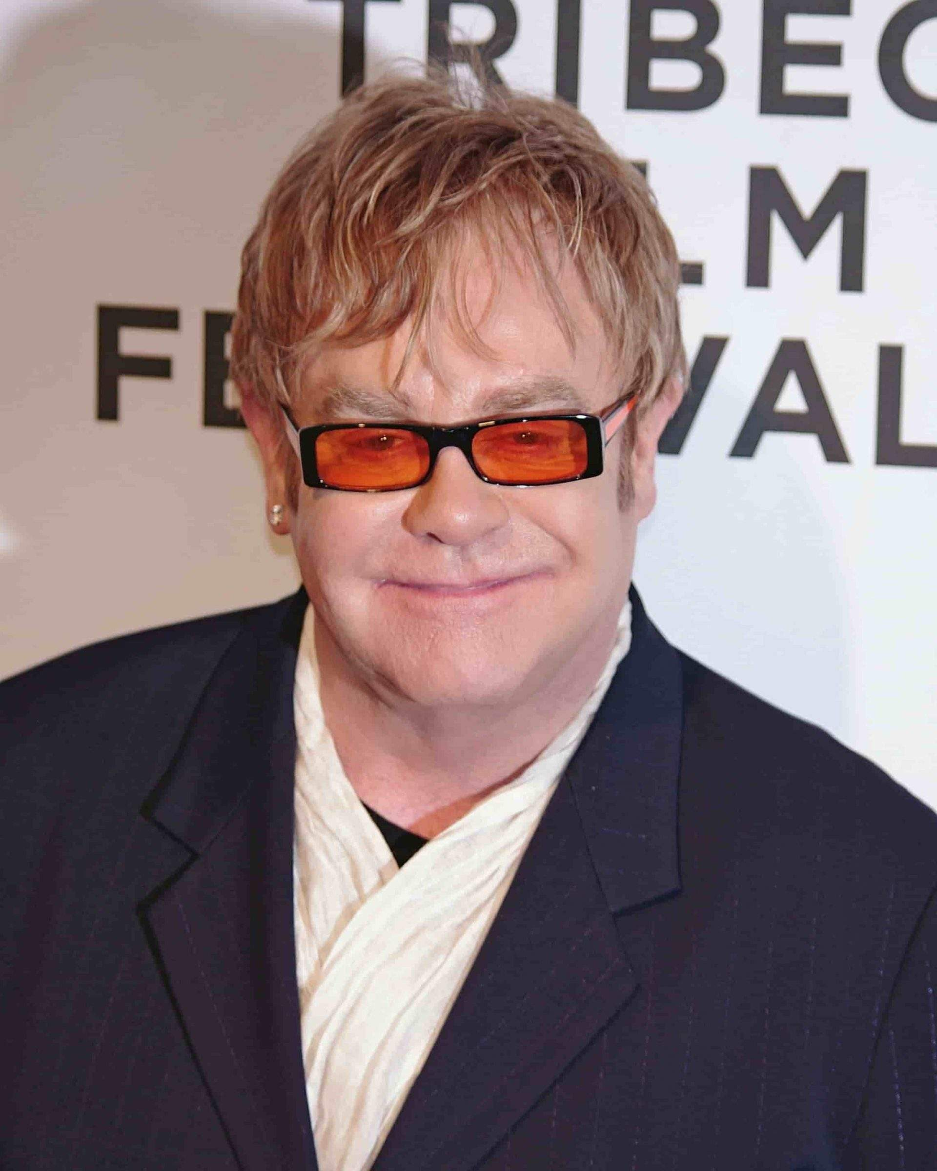 Elton John Celebrates Going 29 Years Sober