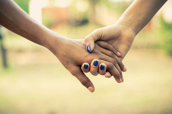 Identifying If A Loved One Is Struggling With Addiction – Tips